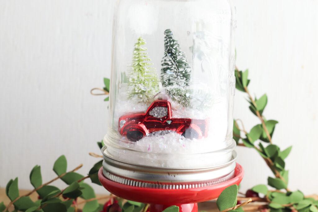 Red Truck Christmas Snow Globe
