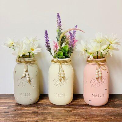 Easy DIY Pastel Chalk Paint Mason Jars